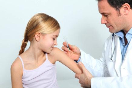 Какие прививки делают детям