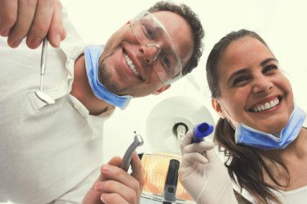 Кариес зубов — лечение, профилактика, причины, стадии, диагностика